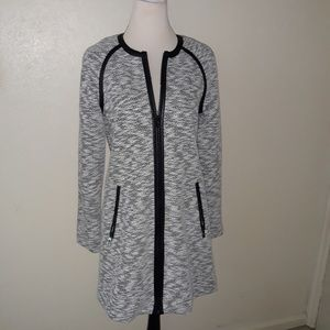 Ivanka Trump Black & White Front Zip Coat 4 NWT